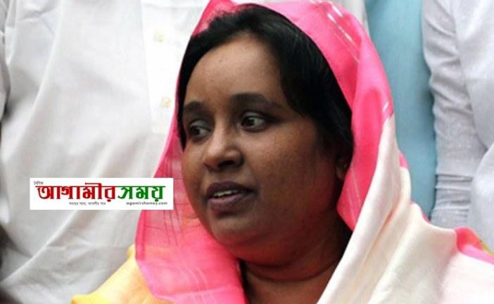 ভারতের আজমির শরিফ গেলেন সেলিনা হায়াৎ আইভী