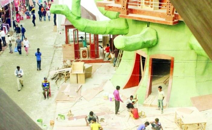 ঢাকা আন্তর্জাতিক বাণিজ্য মেলা উদ্বোধনের পরও চলছে নির্মাণকাজ