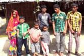 দিনাজপুরে ৫ প্রতিবন্ধী ছেলেকে নিয়ে বিপাকে মোজাম্মেল
