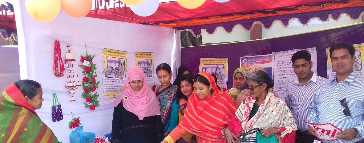 অান্তর্জাতিক নারী দিবস উপলক্ষে নবাবগঞ্জে নারী উন্নয়ন মেলা অনুষ্ঠিত