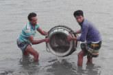 পটুয়াখালীতে দুই লক্ষ চিড়িং রেনু জব্দ  অন্ধারমানিক নদে অবমুক্ত