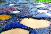 ১৫০০ কি.মি. সড়কই চলাচলের অযোগ্য সওজের প্রতিবেদন : সংস্কারে প্রয়োজন ২১ হাজার কোটি টাকা, ঈদযাত্রায় দুর্ভোগের শঙ্কা