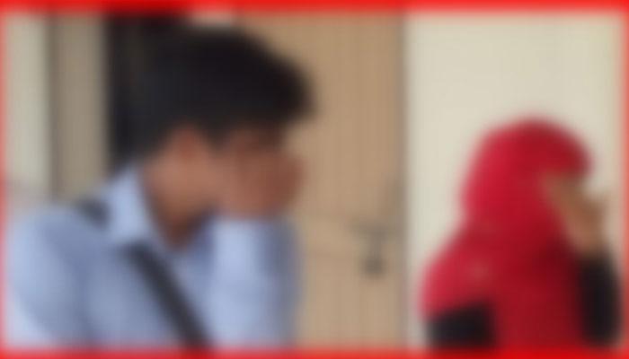 বড়াইগ্রামে অষ্টম শ্রেণীর ছাত্রীকে বিয়ে করলেন স্কুল শিক্ষক!