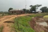 সাভারের বনগাও ইউনিয়নে শ্রমিকদের অর্থ আত্মসাৎ করার অভিযোগ উঠেছে