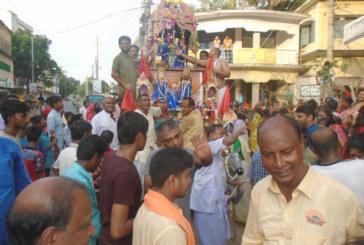 সান্তাহারে শ্রী শ্রী জগন্নাথ দেবের ভক্তদের উৎসবমুখর পরিবেশে রথযাত্রা শুরু