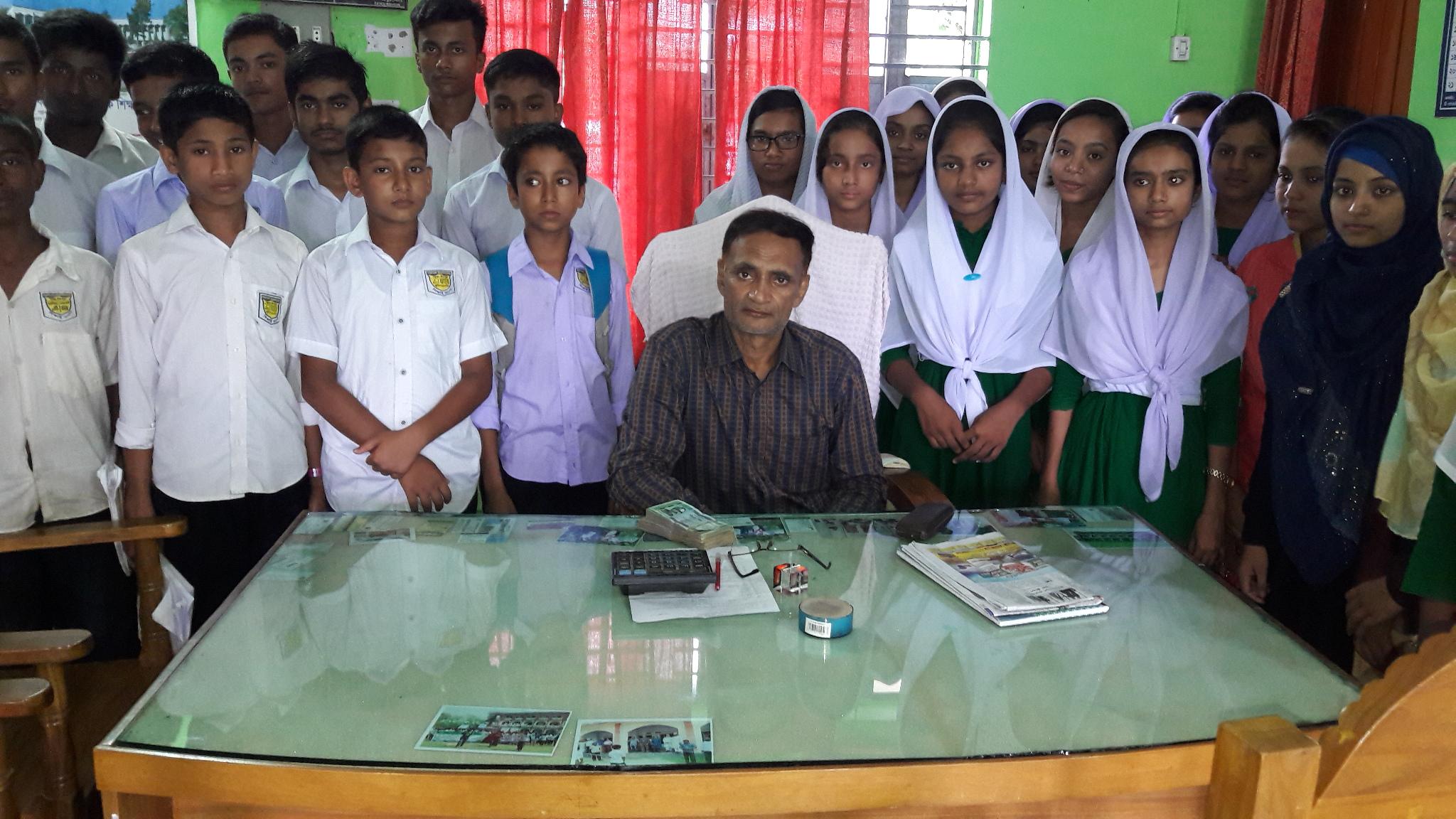 কচুয়ার পালাখাল উবিতে মেধাবী শিক্ষার্থীদের ট্যালেন্টপুলে বৃত্তি  প্রদান