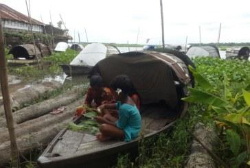 সিরাজদিখানে ঈদ যেন অধরাই রয়ে গেল বেদে পল্লীতে