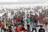 পর্যটকদের ভিড়ে মুখর কক্সবাজার-কুয়াকাটা