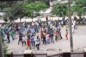 আফতাব নগরে শিক্ষার্থীদের সঙ্গে শ্রমিক লীগের ধাওয়া-পাল্টা ধাওয়া