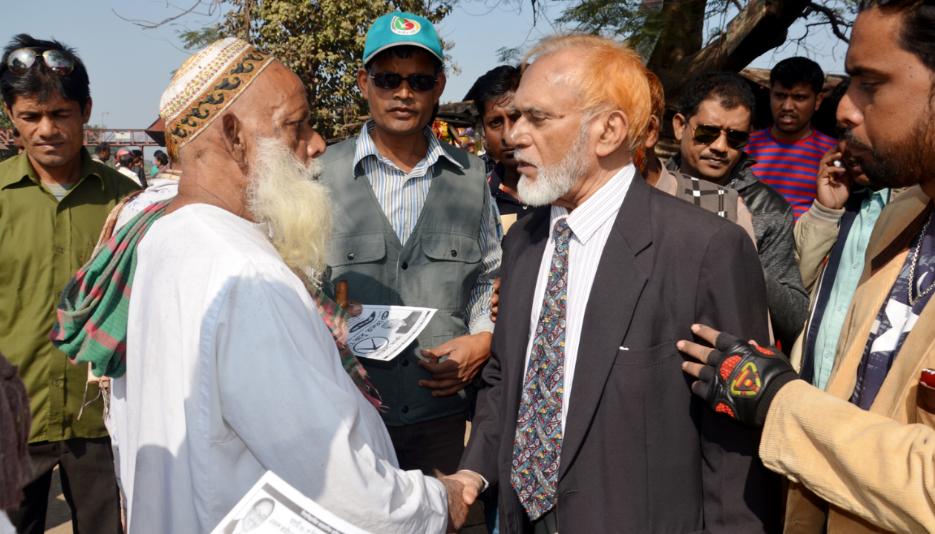 লালপুরে জাপা প্রার্থী তালহার গণসংযোগ
