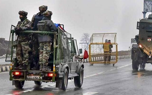 কাশ্মীর হামলা: পাকিস্তানকে 'একঘরে করার' হুমকি ভারতের