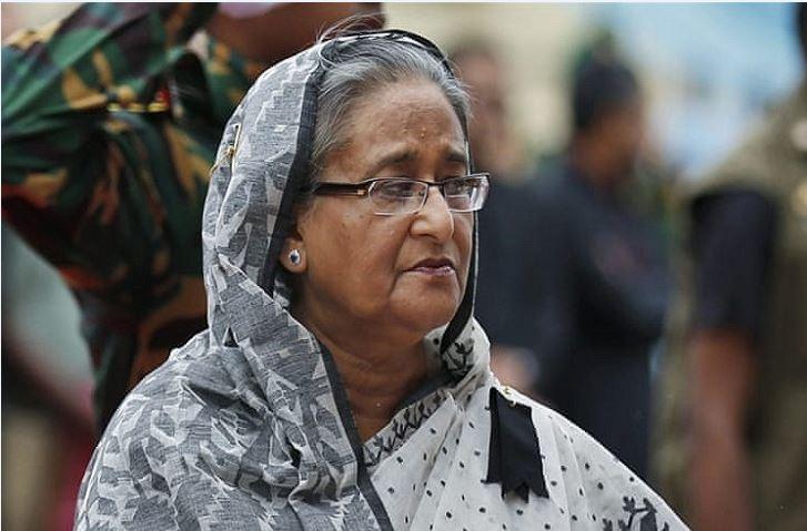 চকবাজারে অগ্নিকাণ্ড : দগ্ধদের দেখতে ঢামেকে প্রধানমন্ত্রী