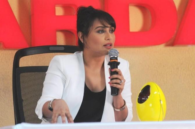 ঢাকাই সিনেমায় অভিনয় নিয়ে যা বললেন রানী মুখার্জি