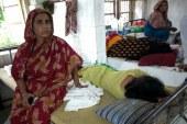 কুপ্রস্তাবে রাজি না হওয়ায় স্কুলছাত্রীকে পিটিয়ে আহত