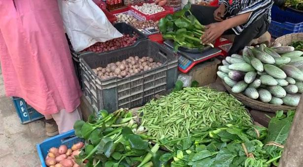 বাজারে কচুরিপানার কেজি ৮০ টাকা, ভিডিও ভাইরাল