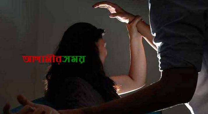 'যৌনকর্মী' অপবাদ দিয়ে হোটেলে তরুণীকে দুই পুলিশের ধর্ষণ!