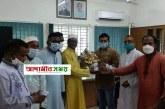 নবাবগঞ্জ থানায় নতুন ওসি সিরাজুল ইসলামের যোগদান। ফুলেল শুভেচ্ছা জালাল উদ্দীন জালালের