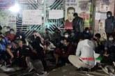 শিক্ষকরা অবরুদ্ধ, চলছে সাত কলেজের শিক্ষার্থীদের আমরণ অনশন