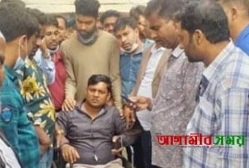 দোহারে মোটর সাইকেল দুর্ঘটনায় রাসেদ চোকদার আহত